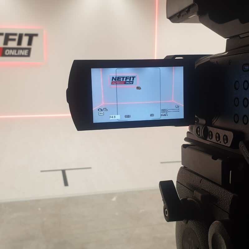 Netfit virtuaaltreeningute keskkond, videoproduktsioon, stuudio, virtuaalüritus, virtuaalsündmus
