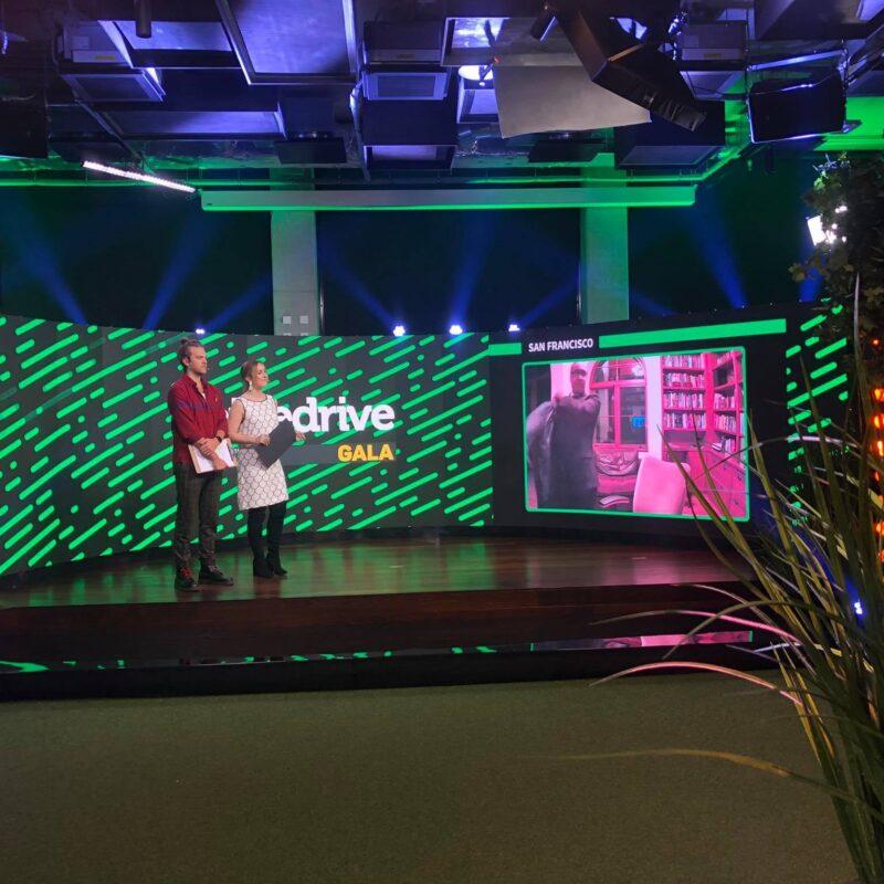 Pipedrive Gala 2020 jõuluüritus, virtuaalüritus, hübriiidüritus, Ledzep Group tehniline teostus