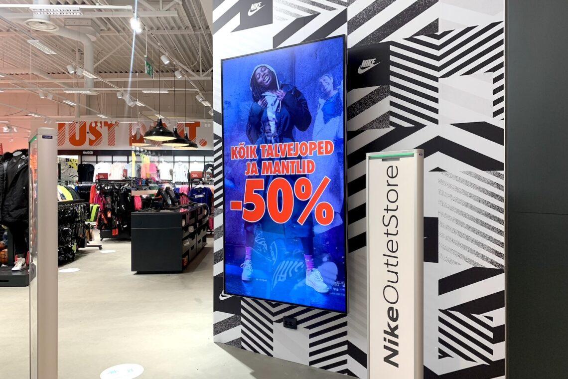 Nike Outlet Lasnamäe Centrumis, digitaalsed reklaamipinnad, Ledzep Group